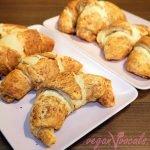 Sweet & Savoury Filled Vegan Croissants