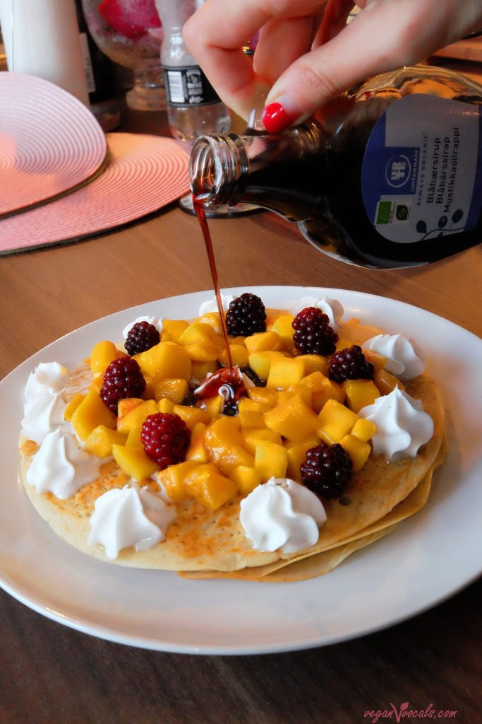 Vegan oil-free pancakes with mango, blackberries and our homemade vegan whipped cream