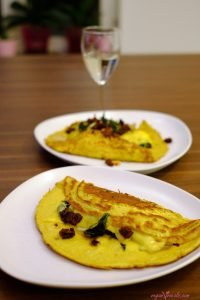 Vegan Omelette With Sun-Dried Tomatoes & Spinach