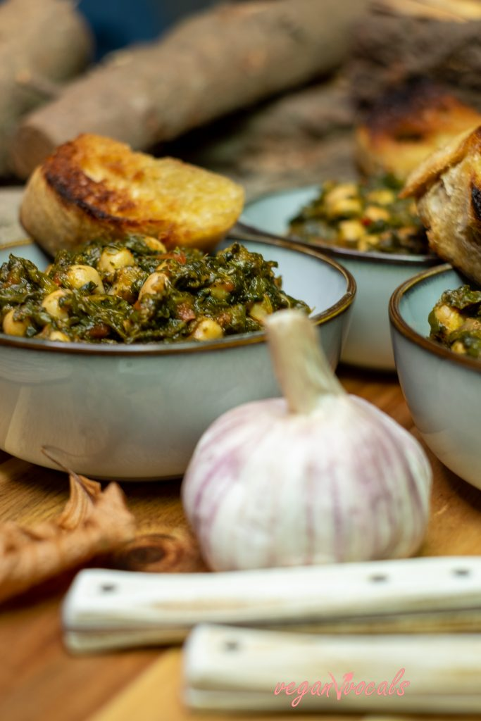 Grandma's Spinach With Chickpeas Stew (Seville Style)