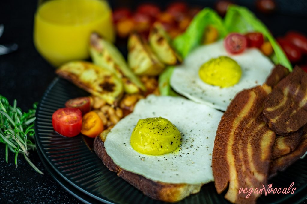 Vegan Fried Eggs with Vegan Seitan Bacon