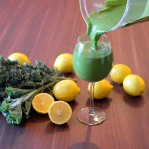 The Best Green Smoothie (Kale Lemonade)