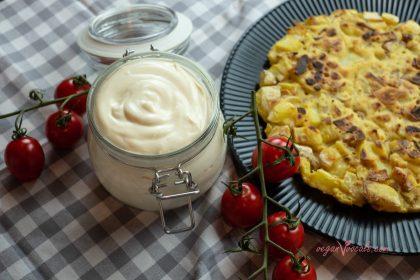 Low-Fat & Low-Calorie Vegan Mayonnaise