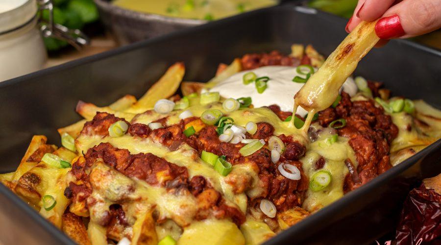 Las Mejores Patatas fritas con Chili y Queso Vegano