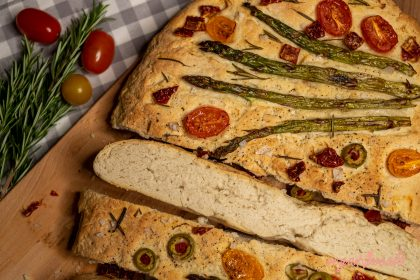 Easy Fluffy Delicious Vegan Focaccia