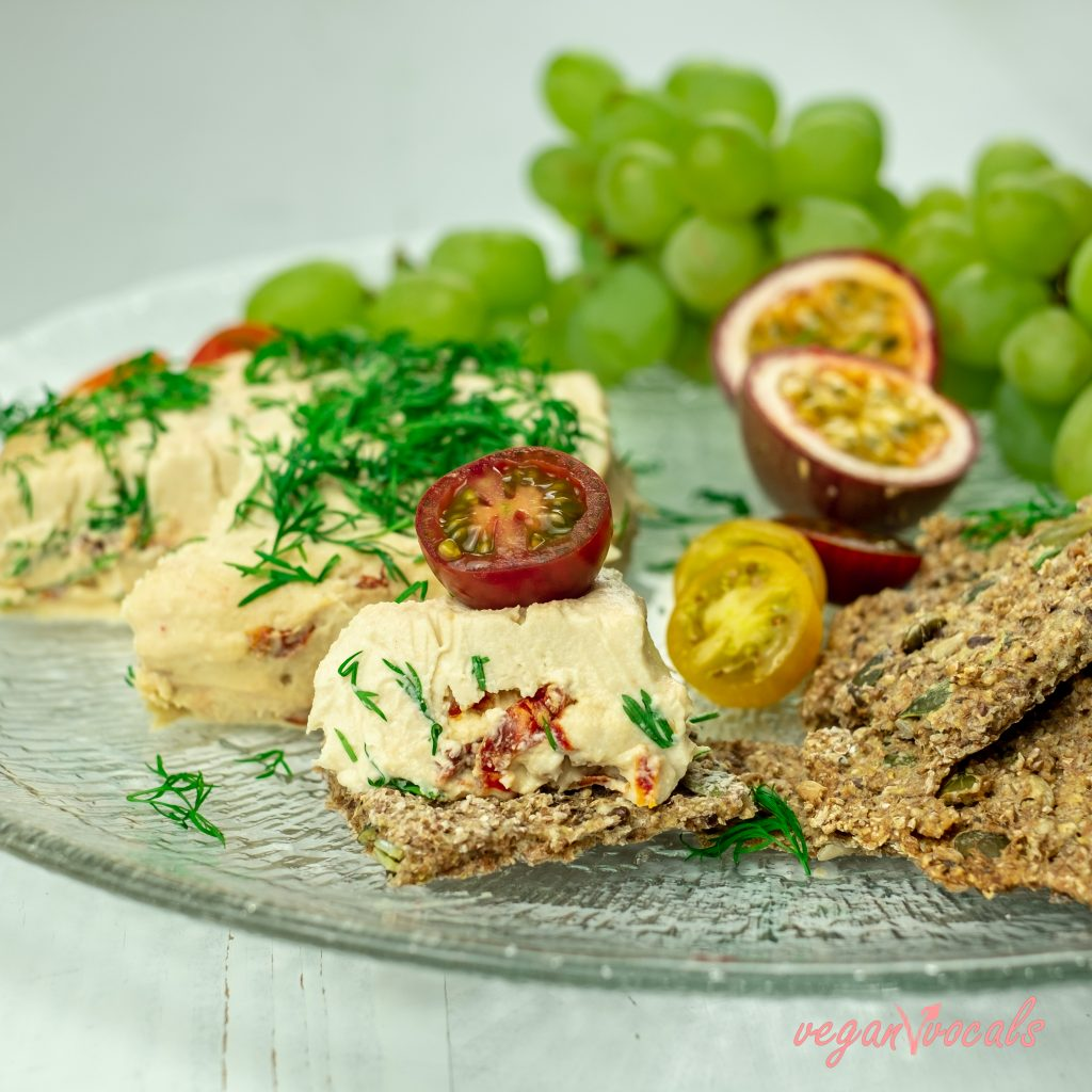 SEEDED WHOLE-WHEAT CRACKERS & VEGAN CULTURED CHEESES FROM VEGANVVOCALS