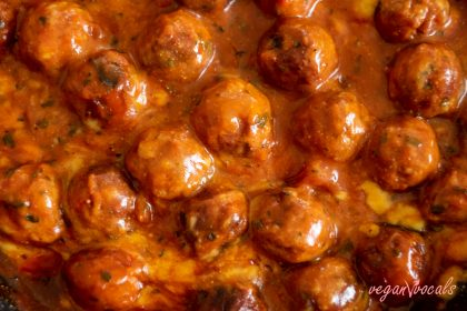Vegan Italian Cheesy Meatballs in Tomato Sauce