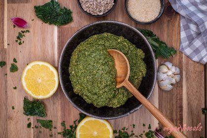 Pesto de Kale Vegano Saludable Y Bajo en Calorías