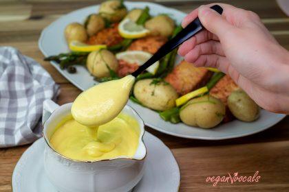 Easy Exquisite Vegan Hollandaise Sauce