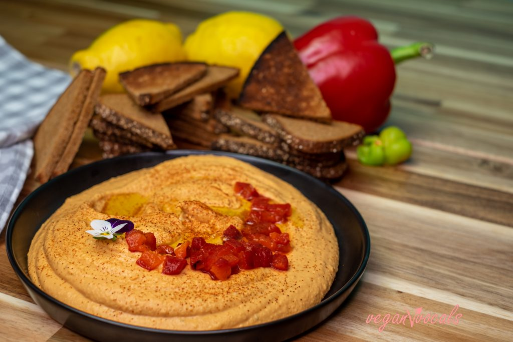 Exquisite Roasted Red Pepper Hummus