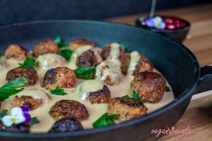 Authentic GF & Vegan Köttbullar (Swedish Meatballs)