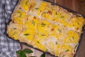 Low-Calorie Yummy Cheesy Vegan Tempeh Lasagna